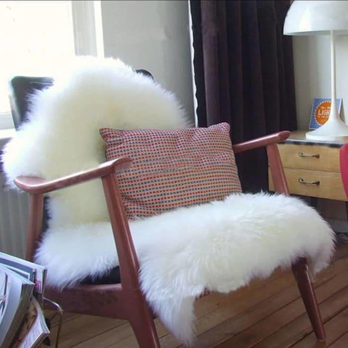 Nâng cấp không gian nhà bạn với thảm lông thú hình cây thông