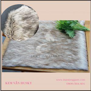 Thảm lông dài màu kem vằn Husky