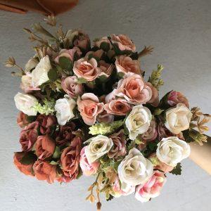 Hoa hồng tỉ mụi dùng trang trí, chụp ảnh
